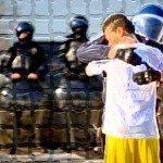 I poliziotti vorrebbero spesso stare dalla parte di chi protesta