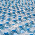 Il grande business dell'acqua in bottiglia
