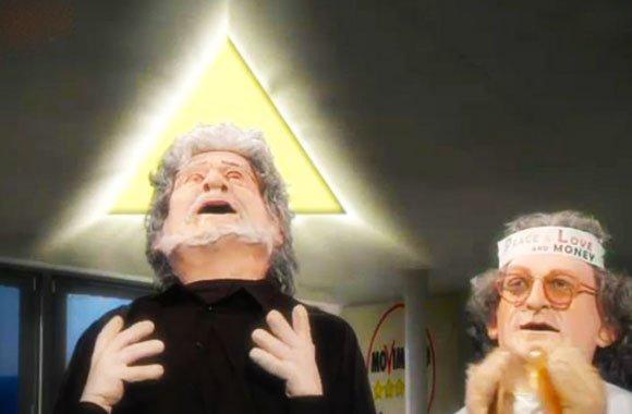 Grillo-Dio-Casaleggio-Spirito-Santo
