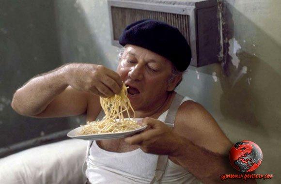 fantozzi-mangia-spaghetti