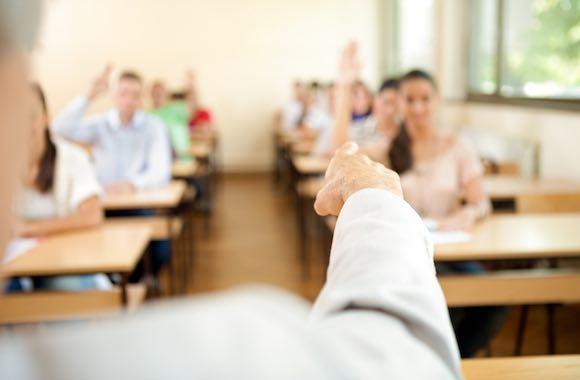 professore-scuola-studenti