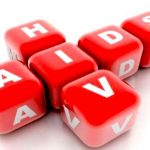 Giornata contro l'Aids, l'Unicef lancia l'allarme: Ogni 2 minuti un contagio