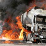 """Trasporto merci pericolose: Ogni anno 4 milioni di """"tir bomba"""" viaggiano sulle strade italiane"""