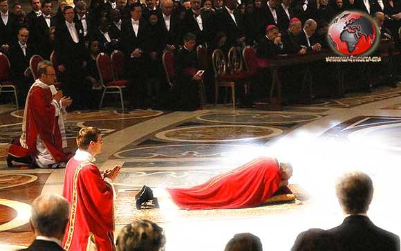 Papa-Francesco-sdraiato-Pasqua