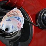 La benzina italiana è tra le più care d'Europa