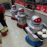 """L'idea di Bill Gates: """"Tassare i robot che rubano il lavoro"""""""