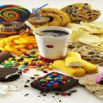 Grassi, zuccheri e sale: Come l'industria alimentare ci inganna